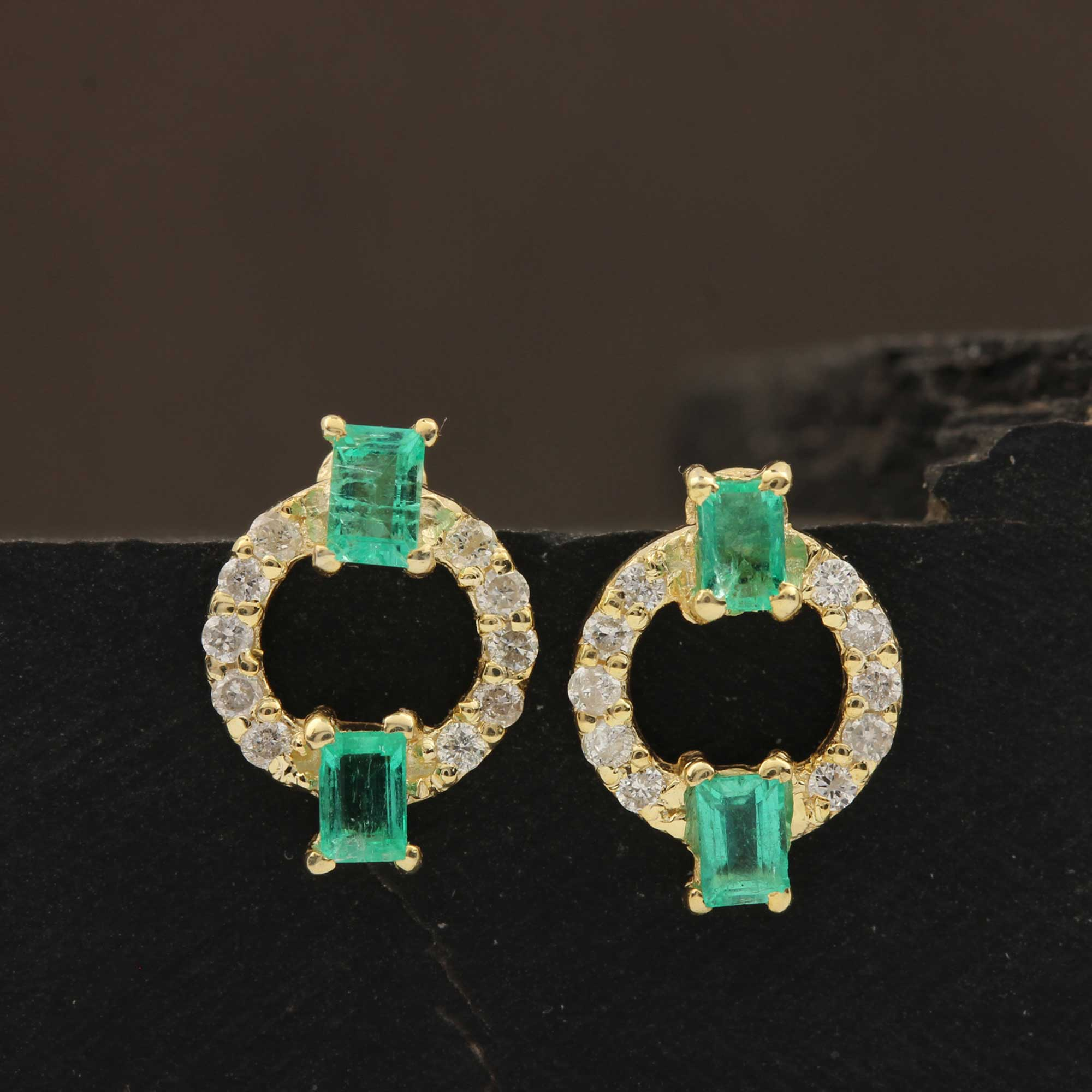 14k Solid Gold Natural Diamond Emerald Minimalist Round Stud Earrings